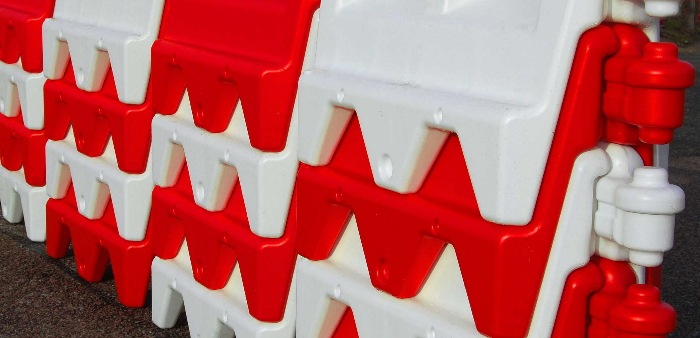 OxfordWall Water Filled Compact Stacking Barrier